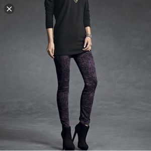 CAbi Purple Twilight Skinny Jeans Size 8 Style 159